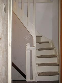 Foto 39 s en filmpjes van doe het zelf trappen for Vaste trap ipv vlizotrap